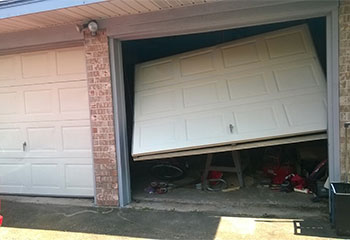 Door Got Off Track | Garage Door Repair Middleburg, FL